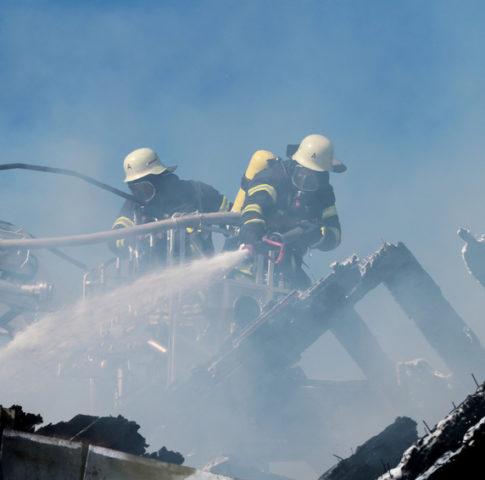 Brandbekmpfung nach Hausbrand