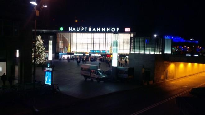 Hauptbahnhof_Köln_03.01.2015