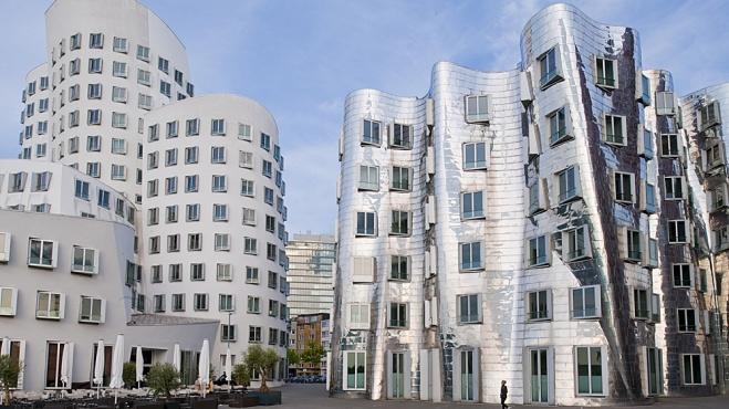 Schiefe Häuser von Frank O. Gehry